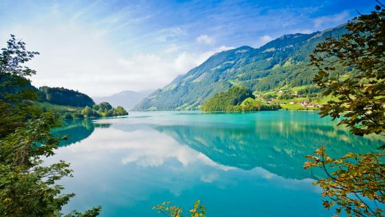 Lake Lungern (Switzerland) wallpaper