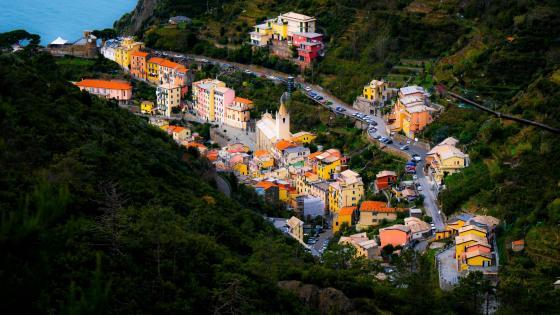 Riomaggiore - Town in the mountains wallpaper