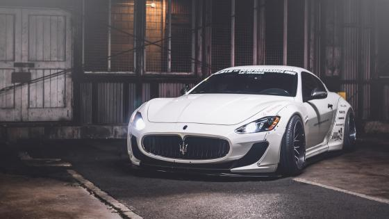 White Maserati Granturismo wallpaper