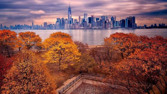 Manhattan view from Ellis Island at fall wallpaper
