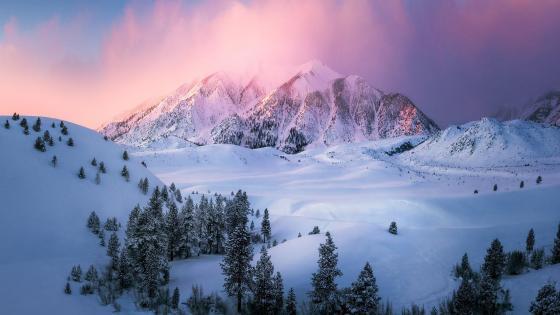 Eastern Sierra in winter wallpaper