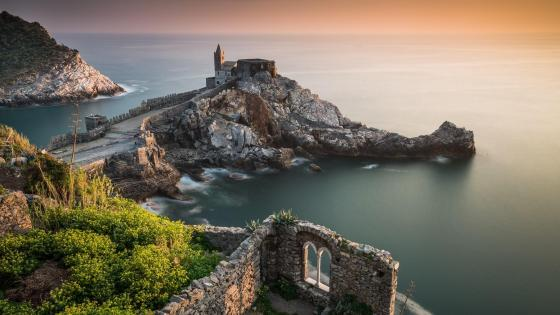 Portovenere coastline wallpaper