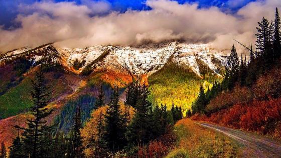 Fall mountain scenery wallpaper