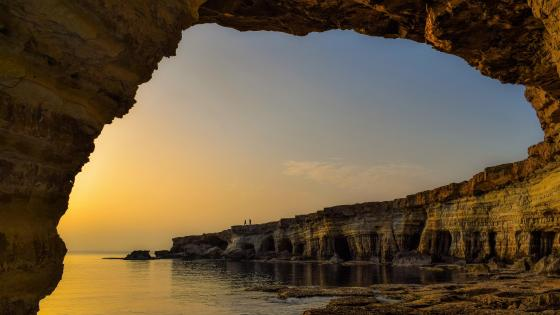 Arch by the sea (Cavo Greko National Park, Cyprus ) wallpaper