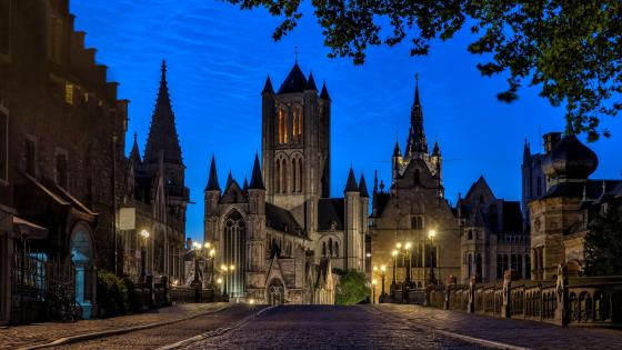 St Michael's Bridge at dusk (Gent, Belgium) wallpaper