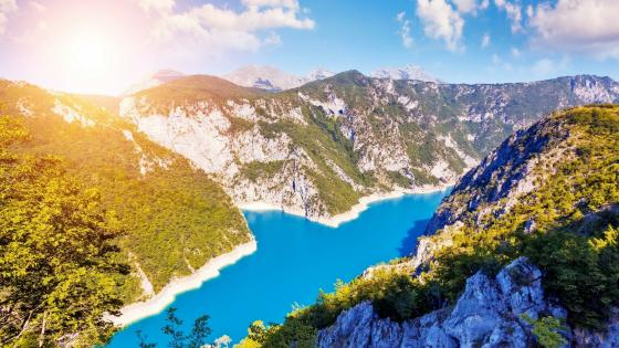 Lake Piva (Montenegro) wallpaper