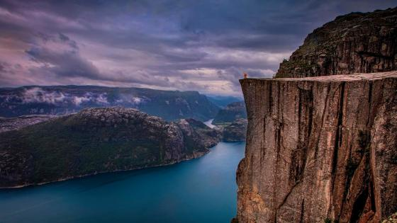 Pulpit Rock (Norway) wallpaper