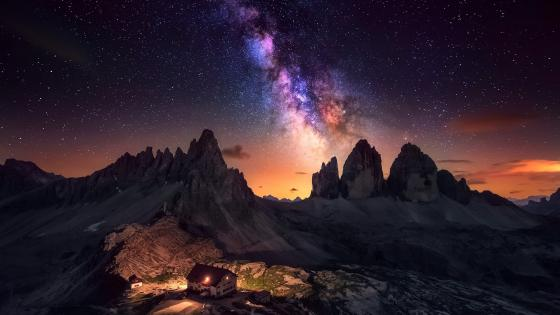 Milky Way over the Dolomites wallpaper