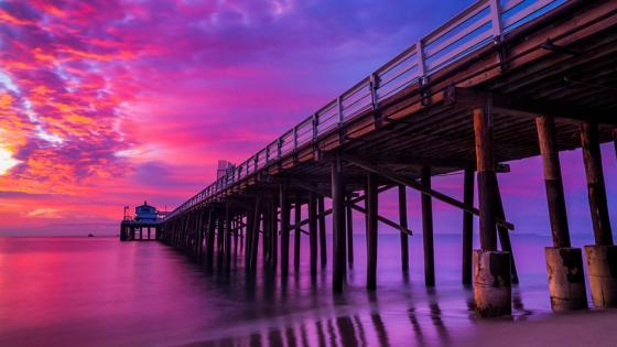 Malibu Pier in purple dawn wallpaper