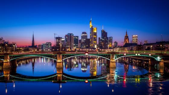 Night cityscape of Frankfurt wallpaper