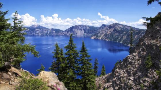 Crater Lake (Crater Lake National Park) wallpaper
