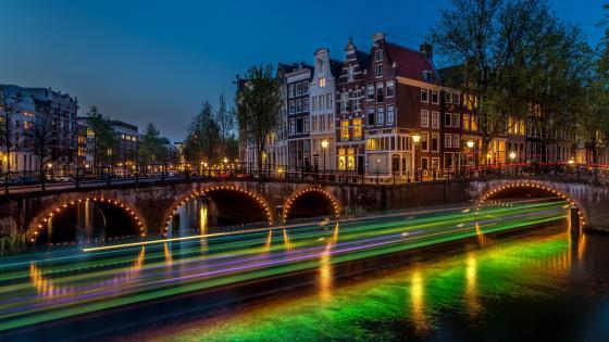 Emperor's Canal, Amsterdam wallpaper