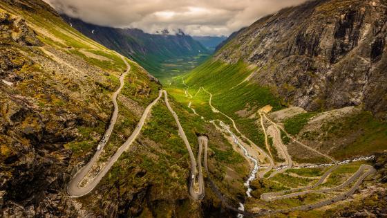 Trollstigen serpentine mountain road (Norway) wallpaper