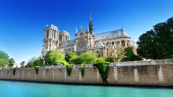 Notre Dame de Paris from Seine wallpaper