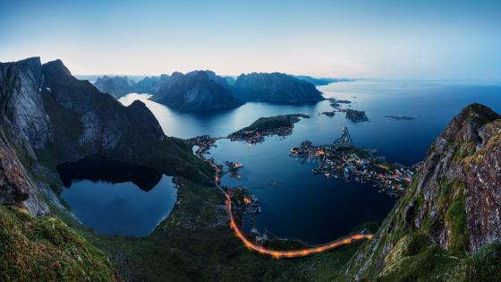 Reinebringen vista (Lofoten, Norway) wallpaper