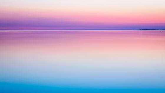 Pink horizon and sea wallpaper
