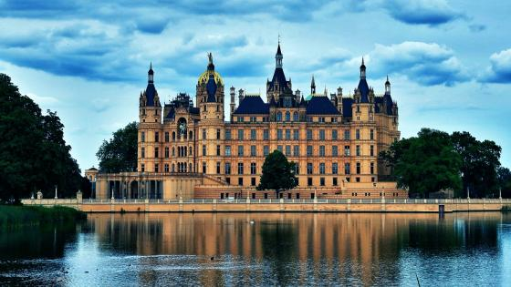 Schwerin Castle wallpaper