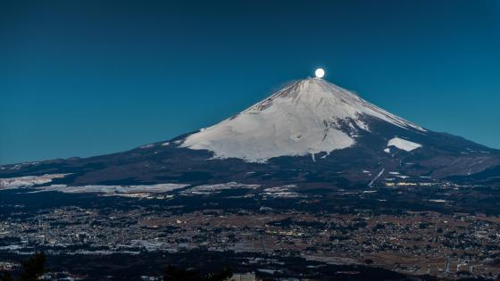 Full moon on the top of Mount Fuji wallpaper