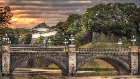 Nijubashi Bridge and the Imperial Palace in Tokyo wallpaper