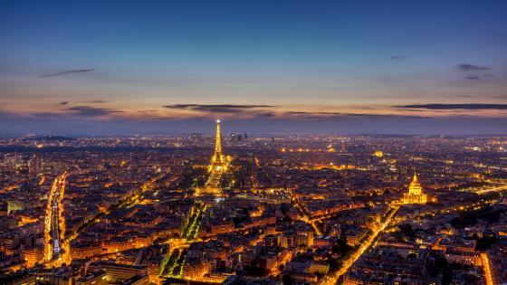 Paris skyline at dusk wallpaper