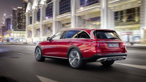 Mercedes-Benz E-Class All Terrain wallpaper