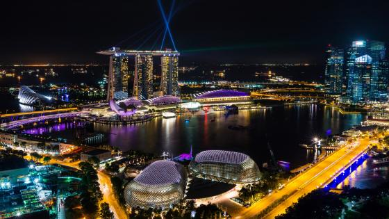 Night cityscape of Singapore wallpaper