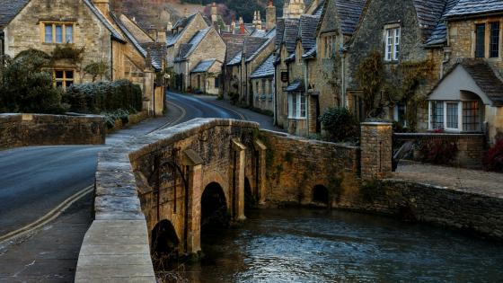 Castle Combe wallpaper