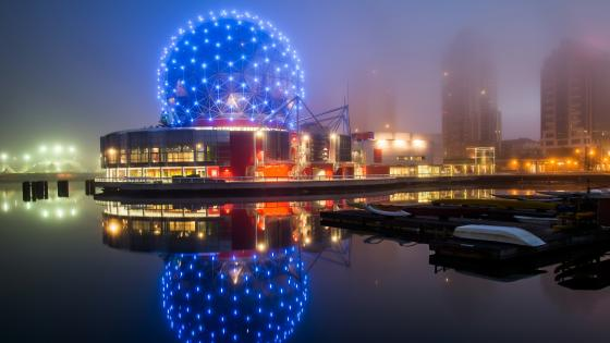 Science World on a misty night (Vancouver) wallpaper