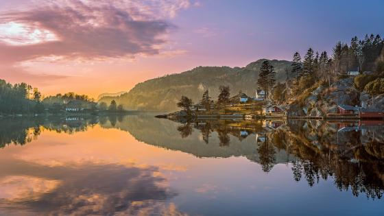Egersund reflection wallpaper