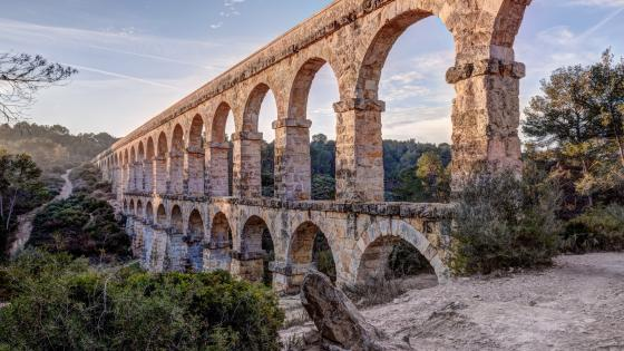 Ferreres Aqueduct (Pont del Diable, Devil's Bridge) wallpaper