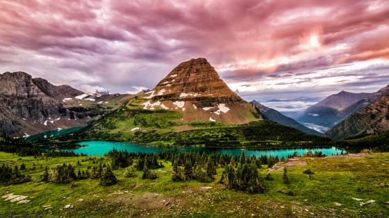 Hidden Lake and Bearhat Mountain (Glacier National Park) wallpaper