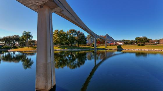 Monorail Route (Epcot Themepark) wallpaper