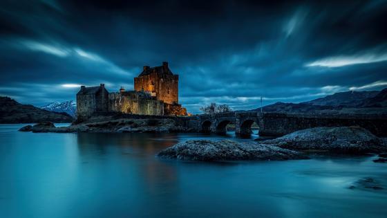 Eilean Donan Castle (Scotland) wallpaper