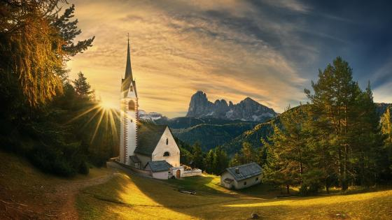 The old church in Ortisei, Italy wallpaper