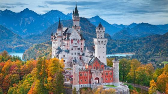 Neuschwanstein Castle - A fairy tale castle wallpaper