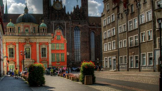Royal Chapel and St. Mary's Church (Gdansk, Poland) wallpaper