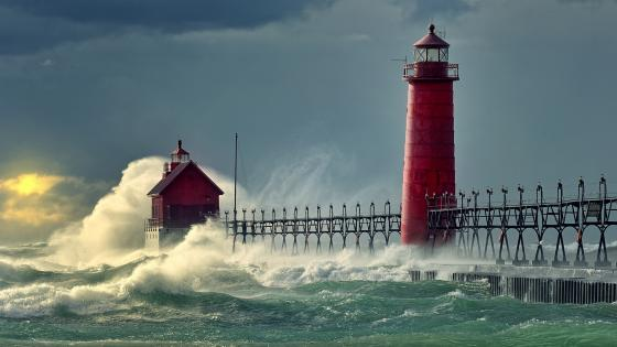 Grand Haven Light (Lake Michigan) wallpaper