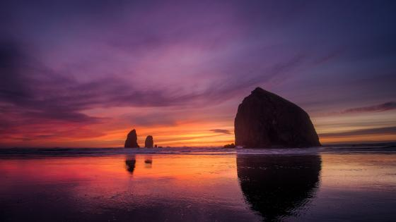 Haystack Rock at sunset wallpaper