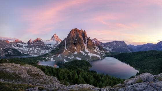 Lake Magog And Mount Assiniboine (Mount Assiniboine Provincial Park, British Columbia, Canada) wallpaper