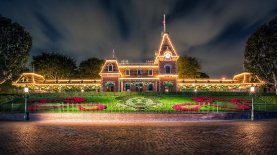 Main Street Station - Disneyland (California) wallpaper