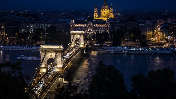 Chain Bridge (Budapest, Hungary) wallpaper