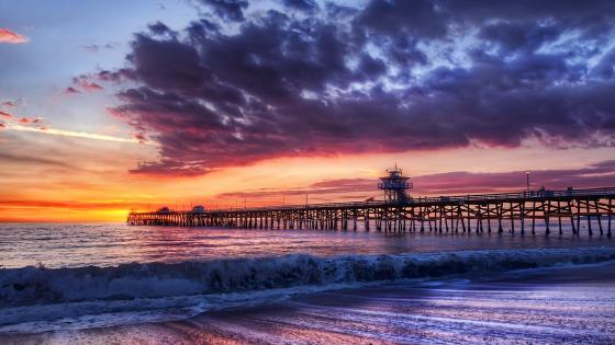 San Clemente Pier at sunset wallpaper
