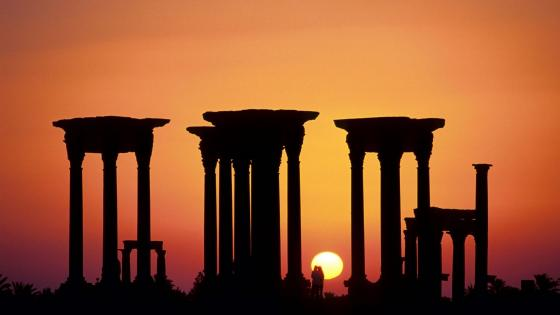 Sundown in Palmyra wallpaper