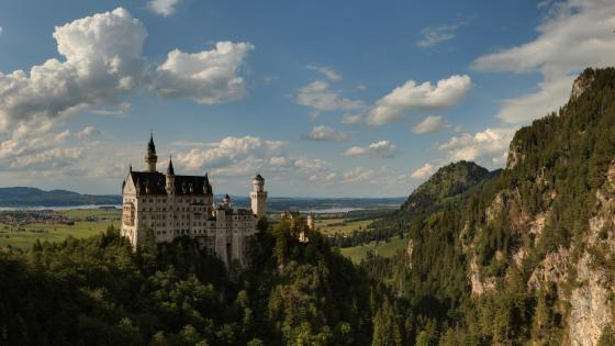 Neuschwanstein Castle, Germany wallpaper