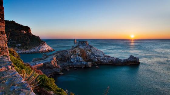 San Pietro Church (Portovenere) wallpaper