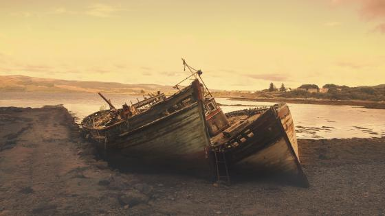Abandoned shipwreck wallpaper