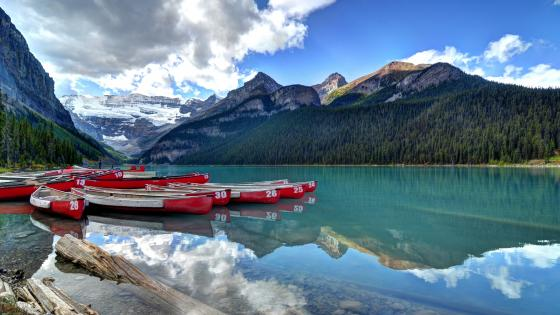 Lake Louise wallpaper