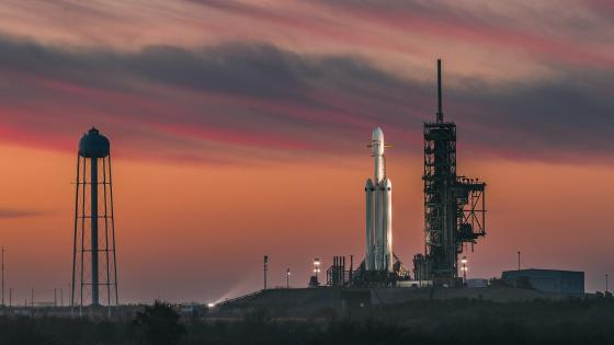 SpaceX Falcon Heavy Launched wallpaper