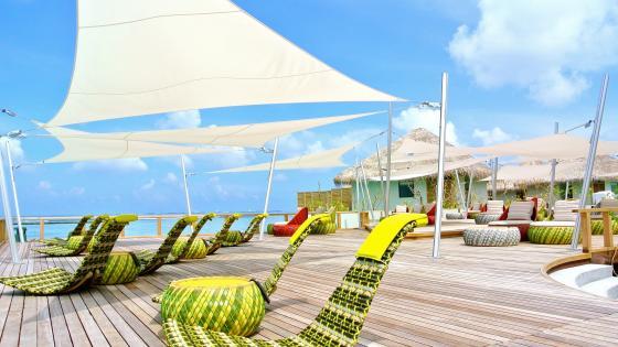 Tropical resort wallpaper