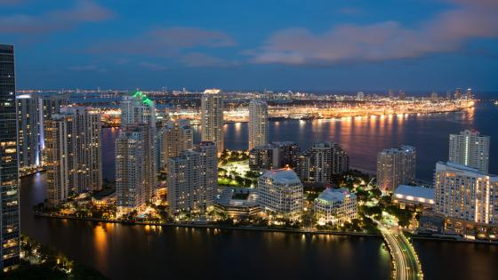 Miami skyline at dusk wallpaper